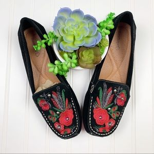 Baretraps Otella Embroidered Suede Loafers    A311